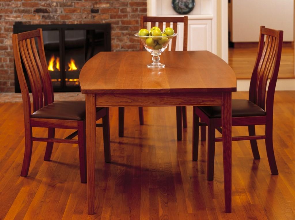 Круглый или прямоугольный стол